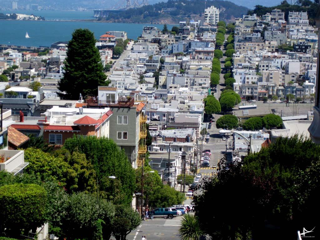 Vista do cable car próximo a Lombard Street em San Francisco