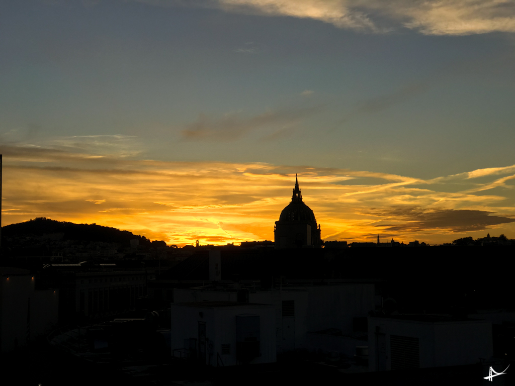 Por do sol no Civic Center