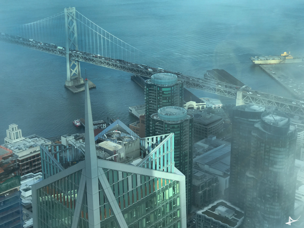 Vistas do alto da Salesforce Tower o novo maior edifício de Fan Francisco