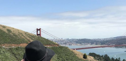 Vista da Golden Gate Bridge do Marin Headlands
