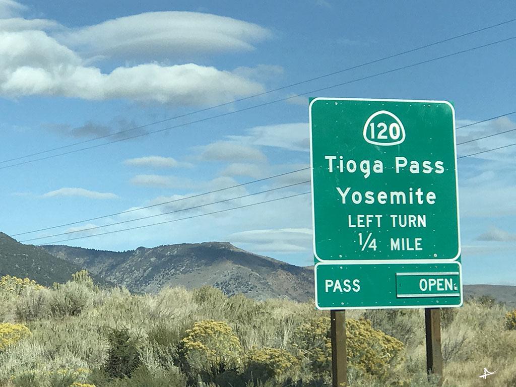 Tioga Pass aberta