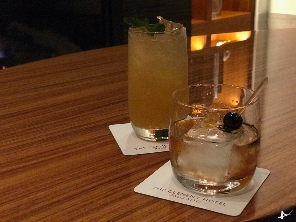 Drinks no The Clement Hotel em Palo Alto